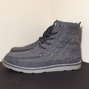 Toms Searcher Boots - Gray Wool - NEW